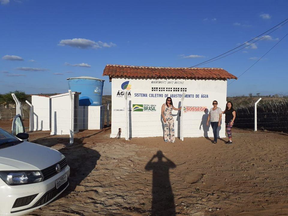 PREFEITA DE SOSSEGO INAUGURA SISTEMA DE ABASTECIMENTO D`ÁGUA EM ASSENTAMENTO
