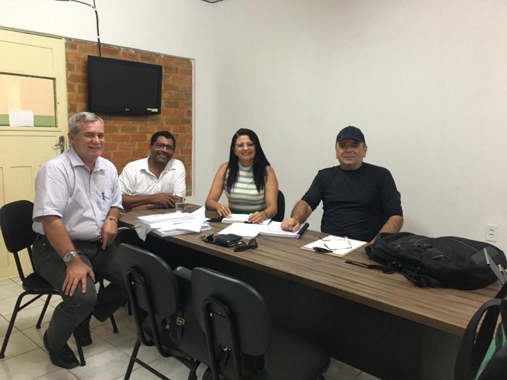 Gestão municipal de Sossego se reúne com profissionais para discutir sobre perfuração de poços artesianos no município.