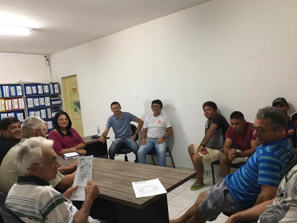 Gestão municipal de Sossego se reúne com motoristas dos transportes escolares